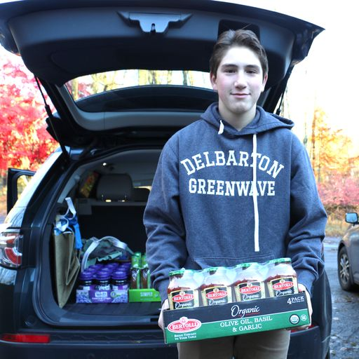 Delbarton Food Drive Smashes 50,000 Pound Goal!